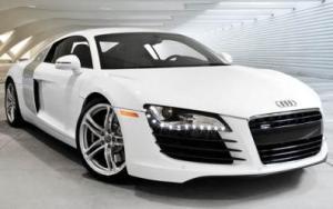 Audi R8 2009 Photos